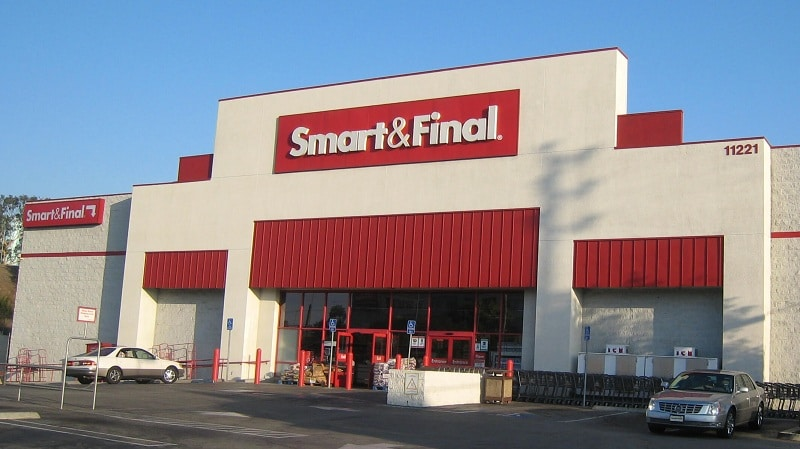 a smart and final store